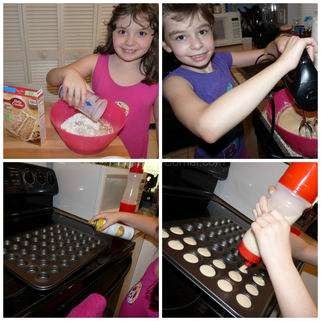 Mrs. Fields Cutie Cakes™ Baking Pan