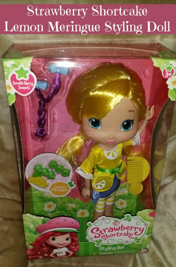 strawberry shortcake styling doll