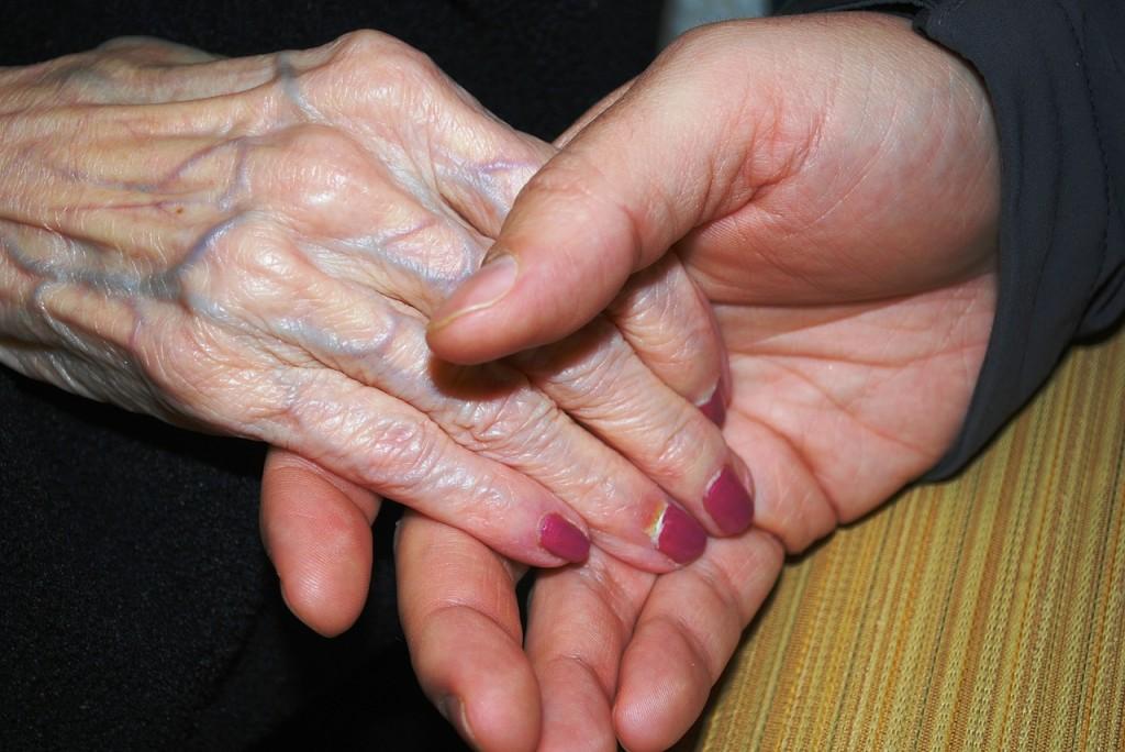 hands-578918_1280