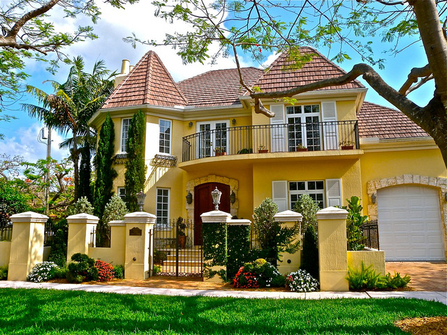 French Country Village in Coral Gables - 02