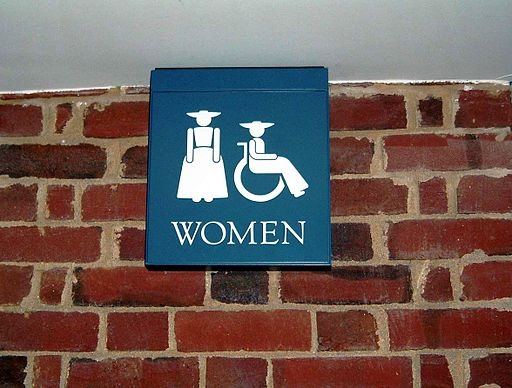 Williamsburg_restroom_sign