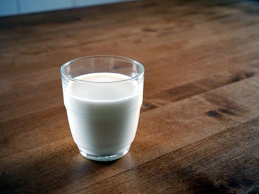 Glass_of_milk