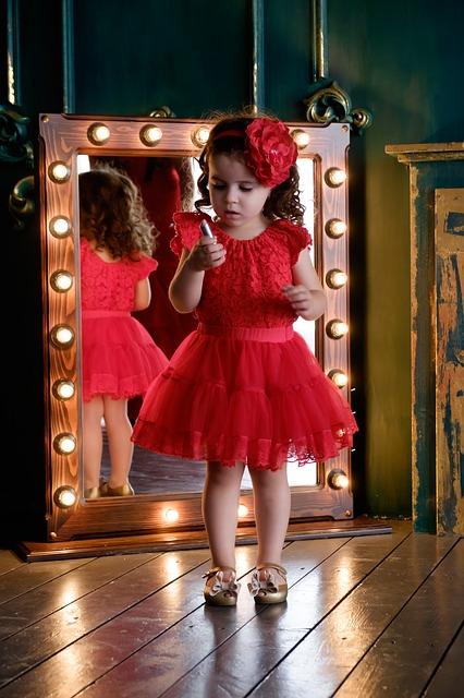 mirror-2935728_640