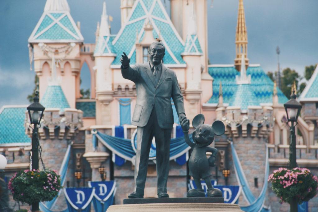 statue-amusement-park-castle-tourism-world-resort-1388313-pxhere.com (1)